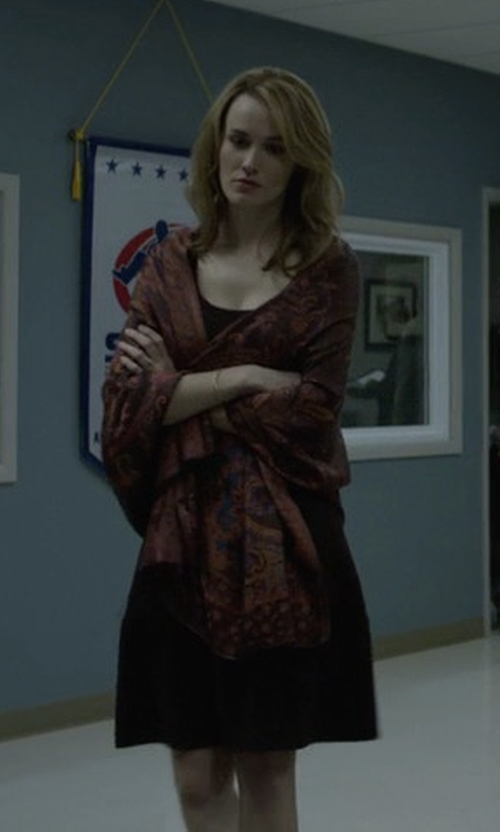 Dominique McElligott with Liberty London Elysian Paradise Floral Silk Scarf in House of Cards