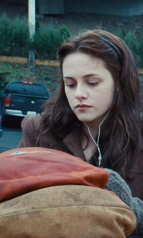 Kristen Stewart with Jansport Right Pack Backpack in Twilight