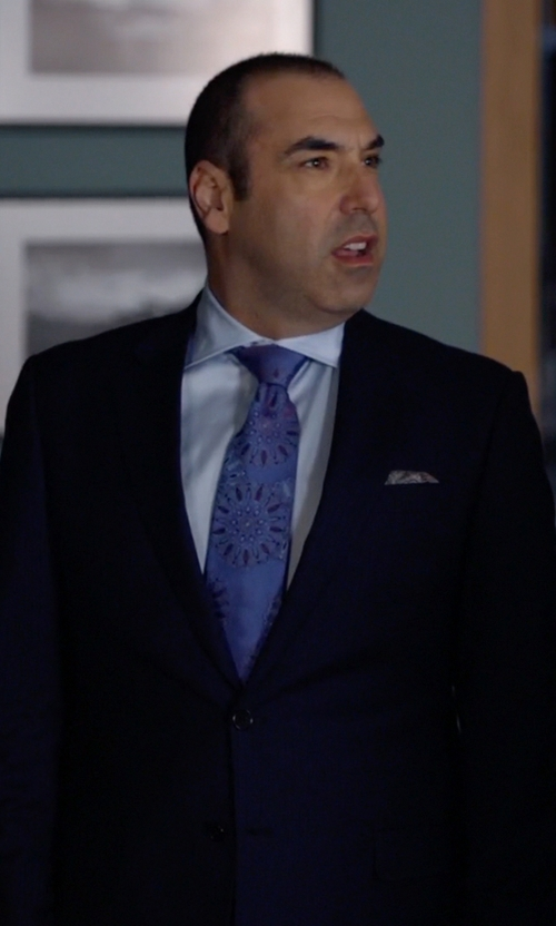Rick Hoffman with Tommy Bahama Flower Power Tie in Suits
