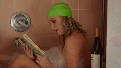 Amy Poehler with Speedo Solid Latex Swim Cap in Sisters