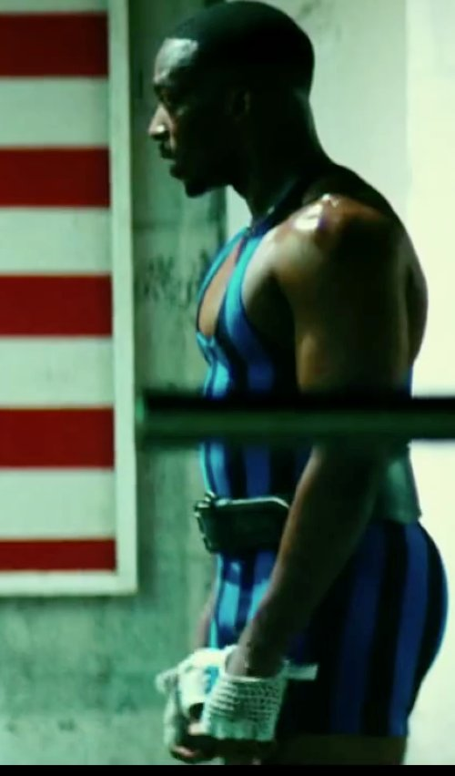 Anthony Mackie with Prime Sports Prime Leather Top Quality Fingerless Net Gloves in Pain & Gain