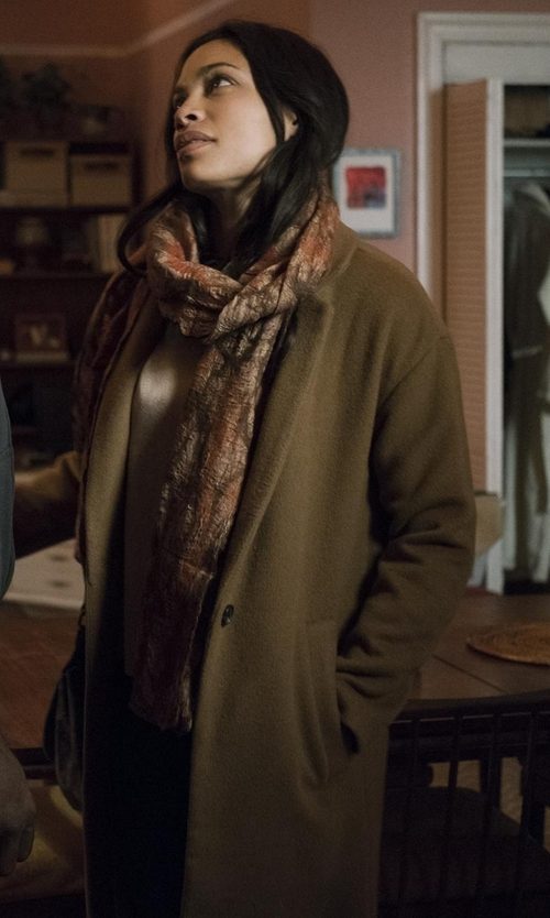 Rosario Dawson with Madewell Monsieur Coat in Marvel's The Defenders