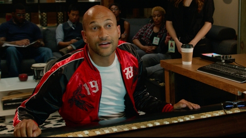Keegan-Michael Key with Vince Jersey Crewneck Tee in Pitch Perfect 2