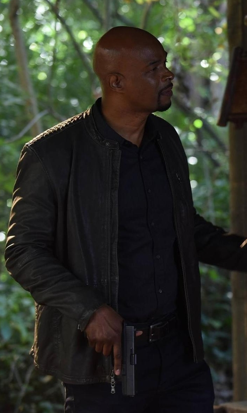 Damon Wayans with Andrew Marc Mackinley Leather Moto Jacket in Lethal Weapon