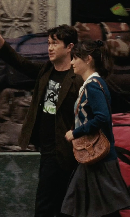 Joseph Gordon-Levitt with Hot Topic The Clash London Calling T-Shirt in (500) Days of Summer