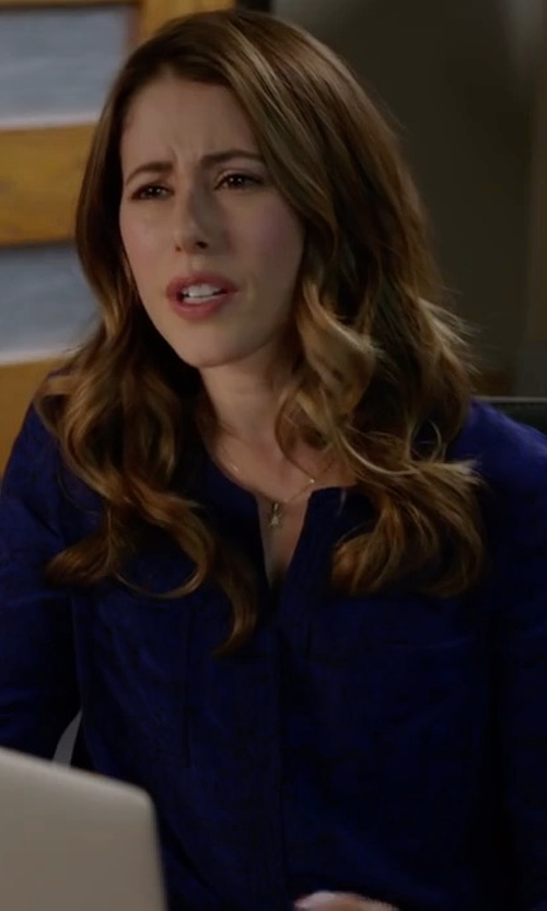 Amanda Crew with Eileen Fisher Organic Linen Long-Sleeve Tunic Shirt in Silicon Valley