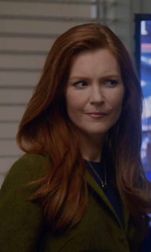 Darby Stanchfield with Private Lives Knitted Cardigan in Scandal