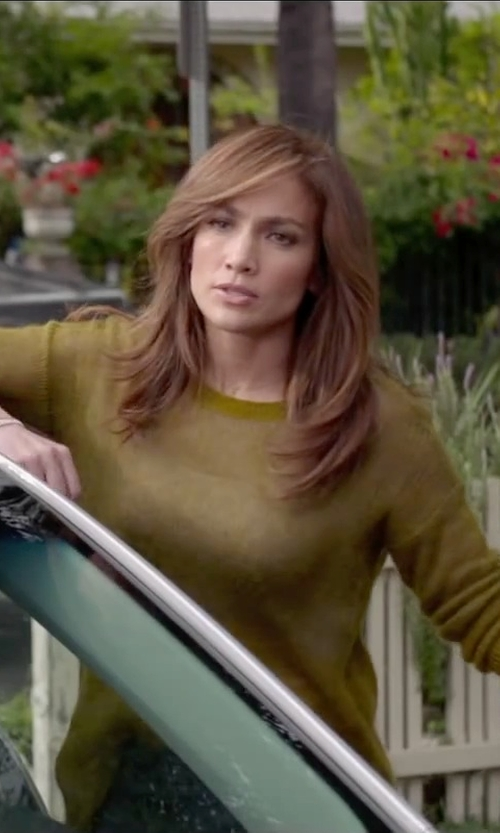 Jennifer Lopez with Mossimo Supply Co. Lightweight Knit Sweater in The Boy Next Door