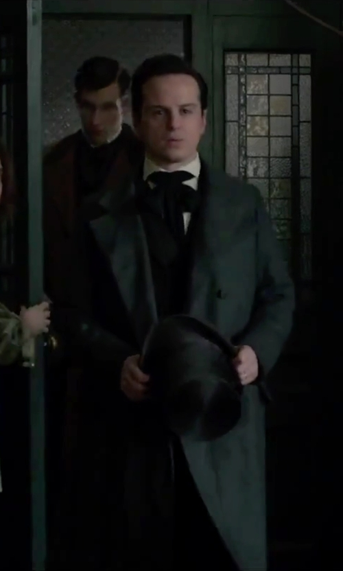 Andrew Scott with Gentleman's Emporium Victorian Top Hat in Victor Frankenstein