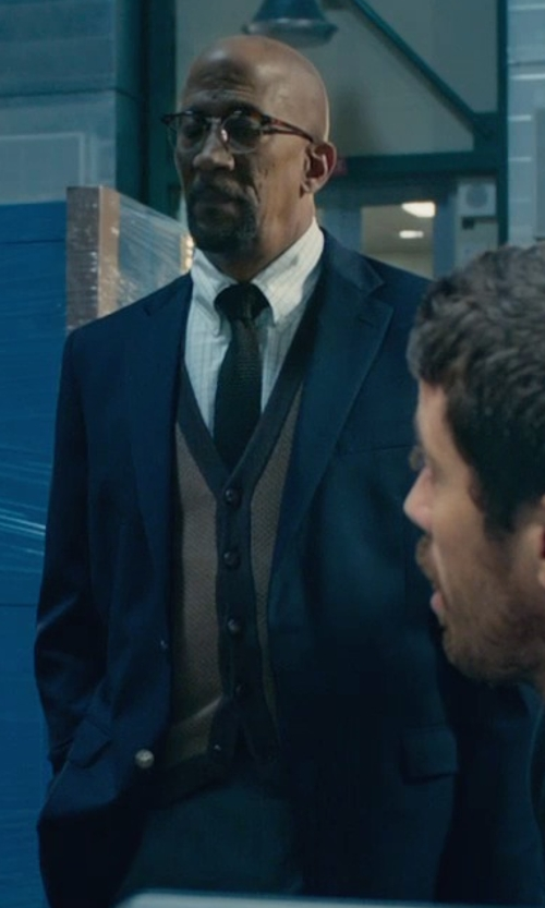 Reg E. Cathey with Brooks Brothers Cream Cashmere Button-Front Vest in Fantastic Four