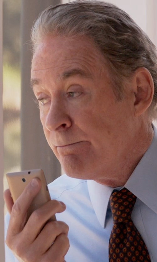 Kevin Kline with Sony Xperia Z3 Smartphone in Ricki and the Flash