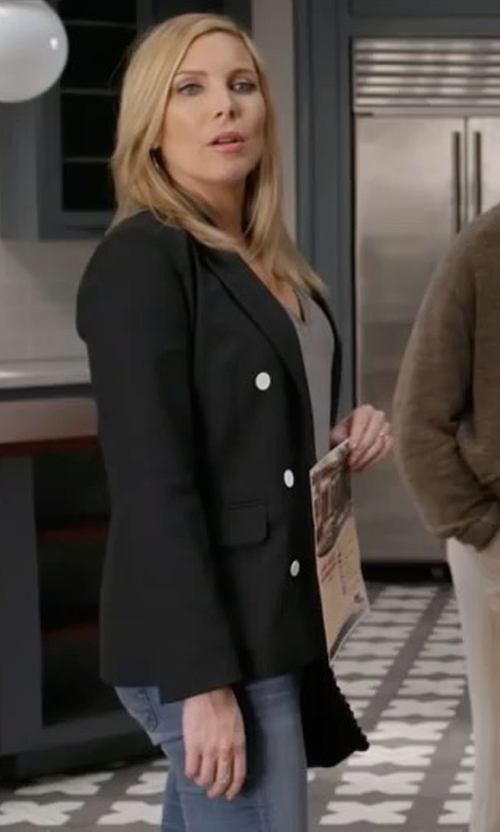 June Diane Raphael with Olcay Gulsen Tailored Georgette Blazer in Grace and Frankie