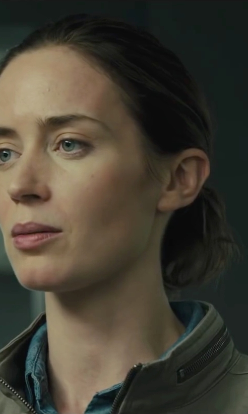 Emily Blunt with Blk Dnm Patch Pocket Denim Shirt in Sicario