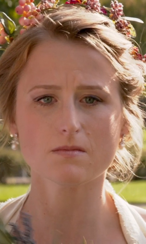 Mamie Gummer with BP. Floral Crown in Ricki and the Flash