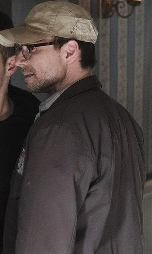 Christian Slater with Rainforest Lightweight Windbreaker in Mr. Robot