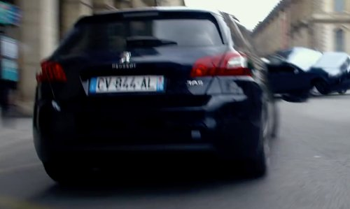 Scarlett Johansson with Peugeot 308 in Lucy