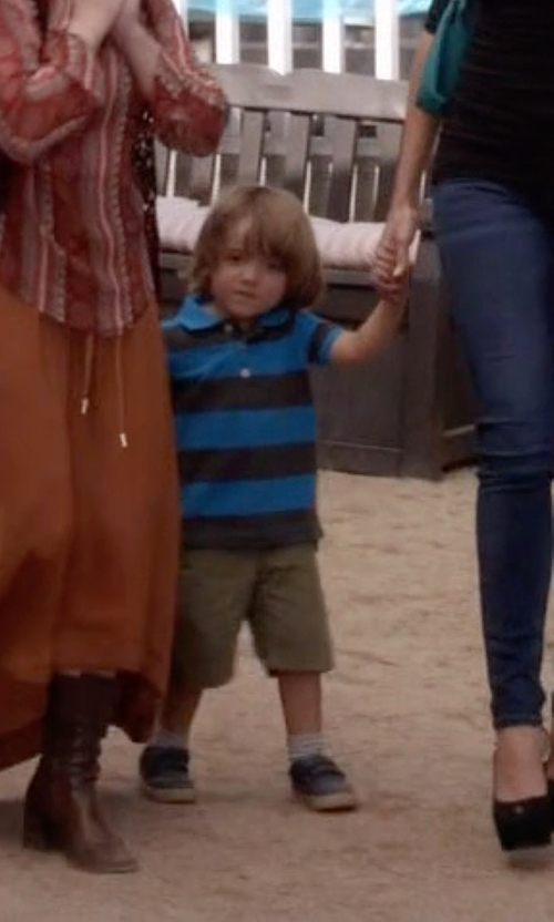Jeremy Maguire with Nike 'Stefan Janoski' Skate Shoes in Modern Family