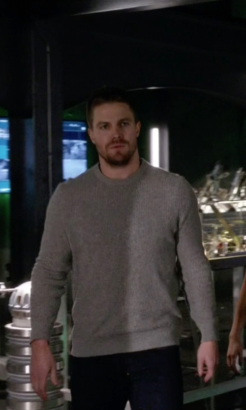 Stephen Amell with Manipur Crew Neck Sweater in Arrow