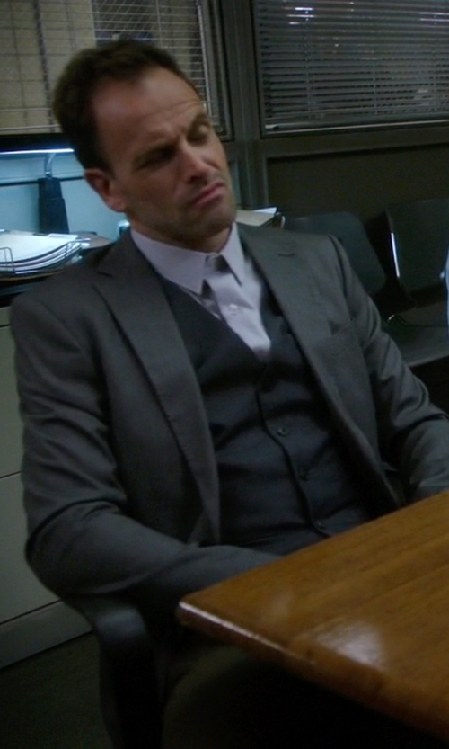 Jonny Lee Miller with Royal Hem Single-Breasted Vest in Elementary