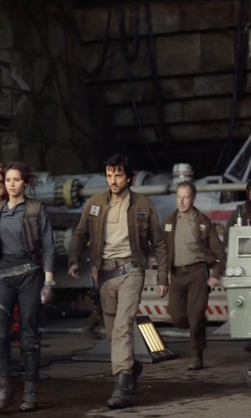 Diego Luna with G-Star Raw Tapered Pants with Cargo Pockets in Rogue One: A Star Wars Story