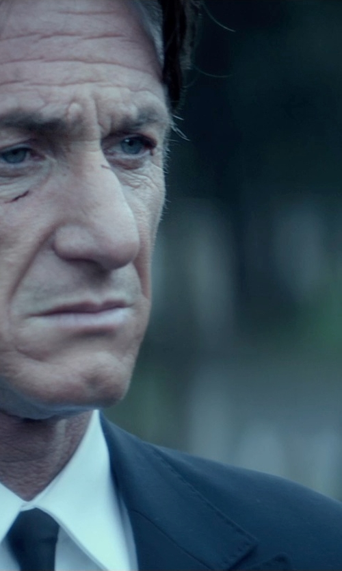 Sean Penn with Lauren Ralph Lauren Ultraflex Two Piece Wool Suit in The Gunman