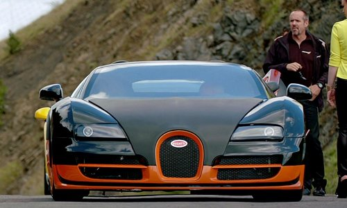 Rich Rutherford with Bugatti Veyron SS Car Coupe in Need for Speed