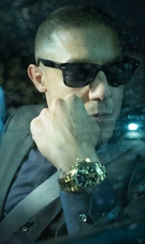 Theo Rossi with Boss Hugo Boss Johnstons Lennon Tonal-Grid Basic Suit in Marvel's Luke Cage