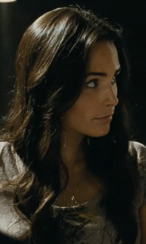 Jordana Brewster with Roberto Coin Tiny Treasures Diamond Mini Cross Pendant in Fast Five