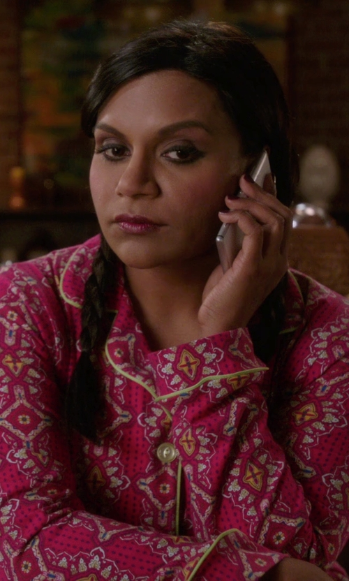 Mindy Kaling with Bedhead Foulard Printed Knit Pajama in The Mindy Project