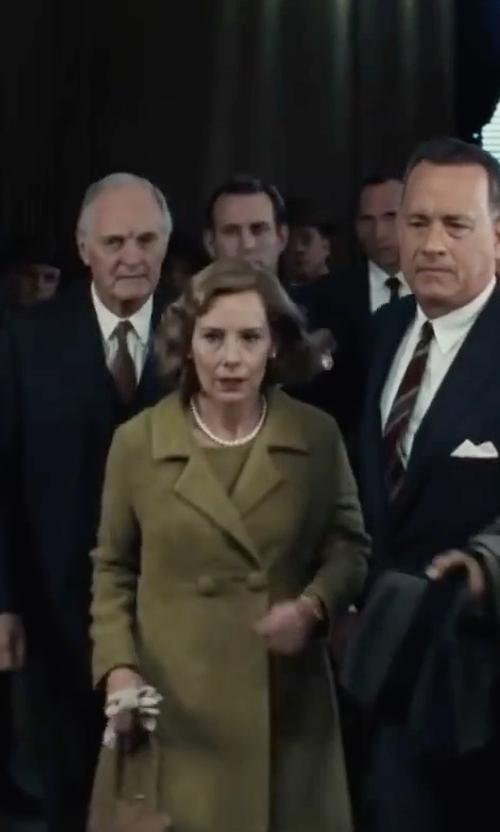 Amy Ryan with Kursheuel Nappa Soft Suede Warm Lined Winter Leather Gloves in Bridge of Spies