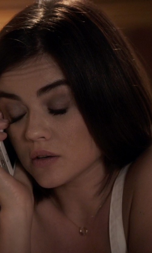 Lucy Hale with Diamonart Zirconia Solitaire Ring in Pretty Little Liars