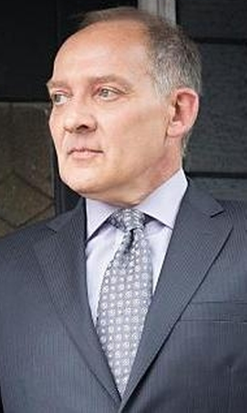Zach Grenier with John W. Nordstrom Bucannon Medallion Silk Tie in The Good Wife