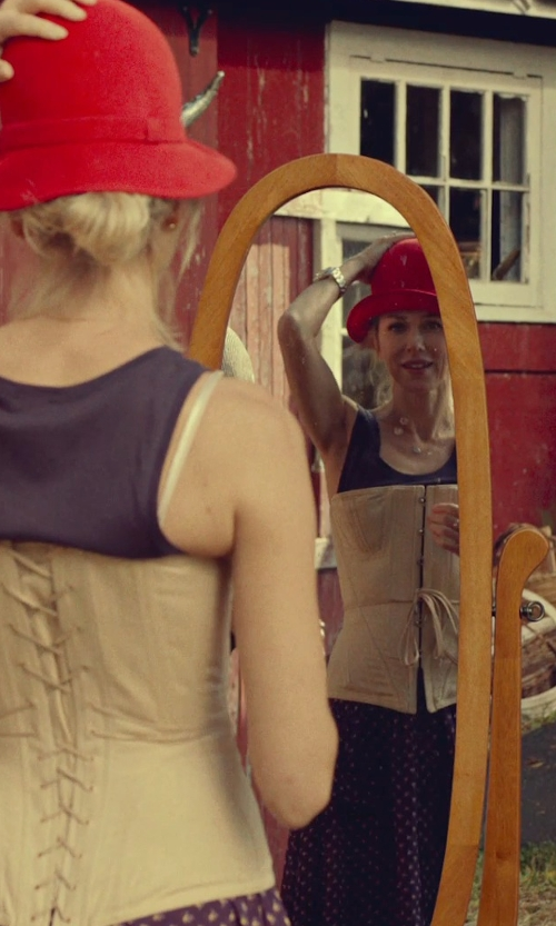 Naomi Watts with Legacy Decor Swivel Full Length Wood Cheval Floor Mirror in While We're Young
