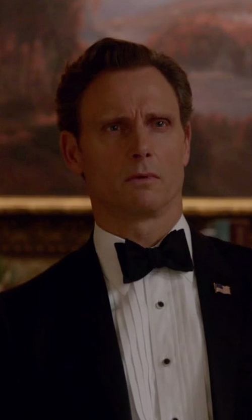 Tony Goldwyn with Brooks Brothers Regent Fit Ten-Pleat Tennis Collar Tuxedo Shirt in Scandal