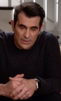 Modern Family - Season 7 Episode 16 - The Cover-Up