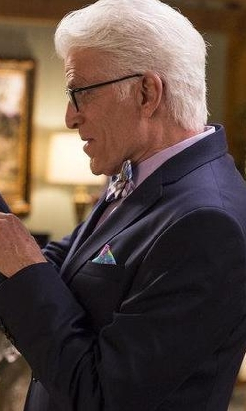 Ted Danson with Massimo Bizzocchi Pre-Tied Floral-Print Bow Tie in The Good Place