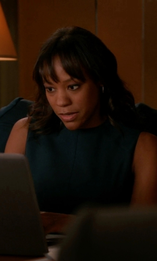 Anika Noni Rose with Proenza Schouler Flared Crepe Tank Top in The Good Wife