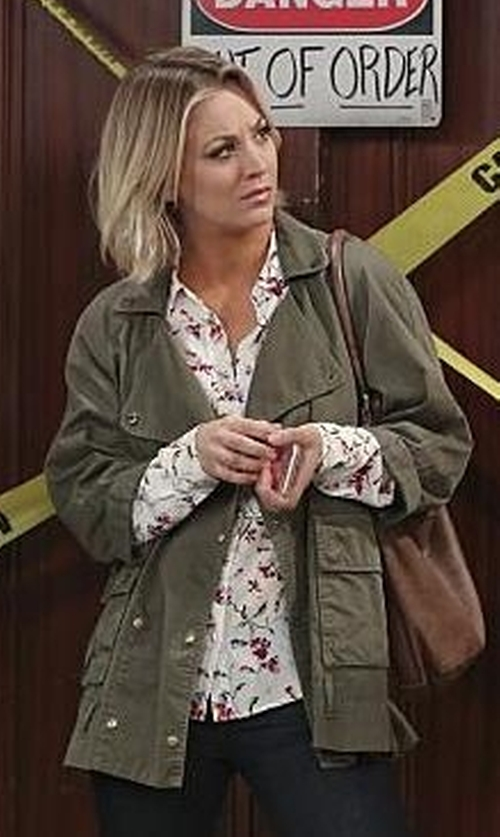 Kaley Cuoco-Sweeting with Joie Tab-Sleeve Cotton Jacket in The Big Bang Theory