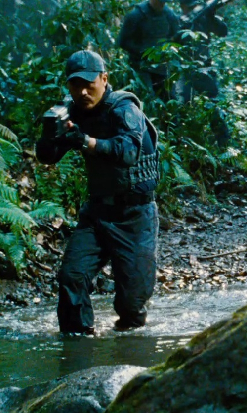 Brian Tee with 5.11 Tactical Stryke Pants - Charcoal in Jurassic World