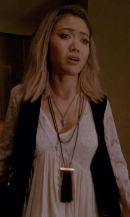 Jessica Lu with Patchington Tassel Cord Necklace in American Horror Story