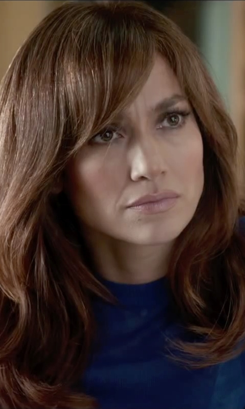 Jennifer Lopez with Neiman Marcus Long Sleeve Pullover Tee in The Boy Next Door