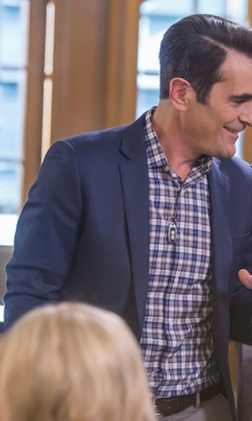 Ty Burrell with The Kooples Pique Suit Jacket in Modern Family