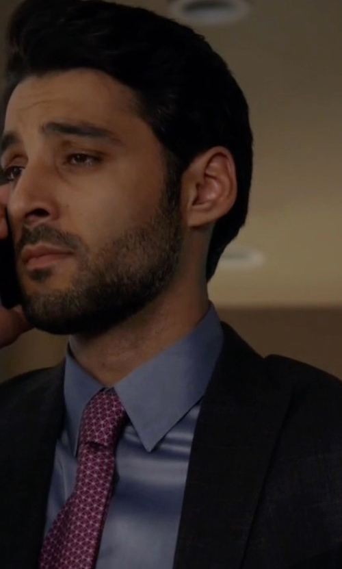 Amir Arison with Salvatore Ferragamo Zargo Classic Tie in The Blacklist