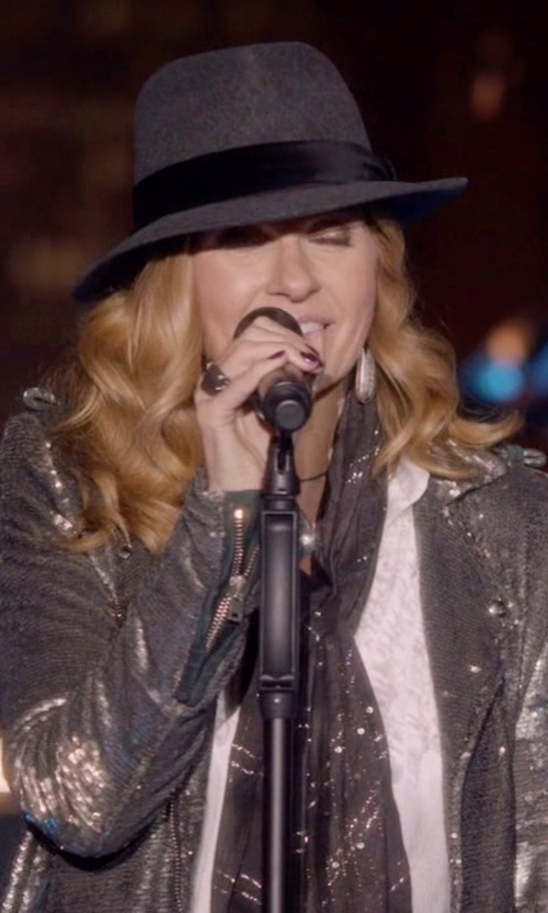 Connie Britton with Madewell & Biltmore Straight-Brim Felt Fedora in Nashville