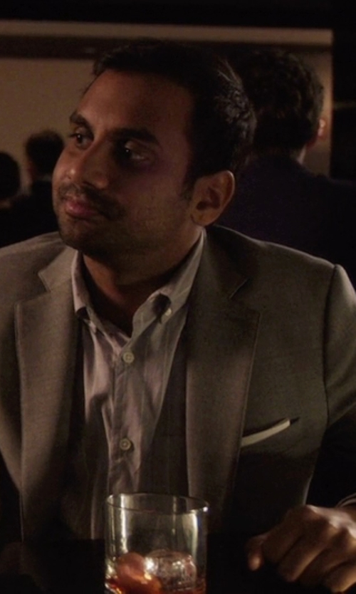 Aziz Ansari with Band Of Outsiders Stripe Shirt in Master of None