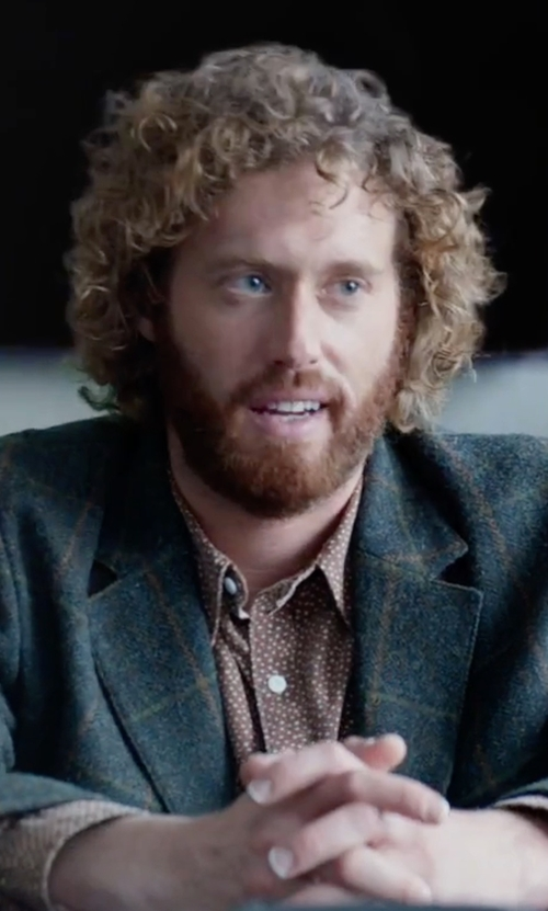 T.J. Miller with Sean John Diamond-Pattern Dress Shirt in Office Christmas Party
