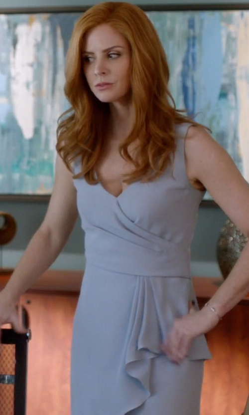 Sarah Rafferty with Armani Collezioni Cady Dress in Suits