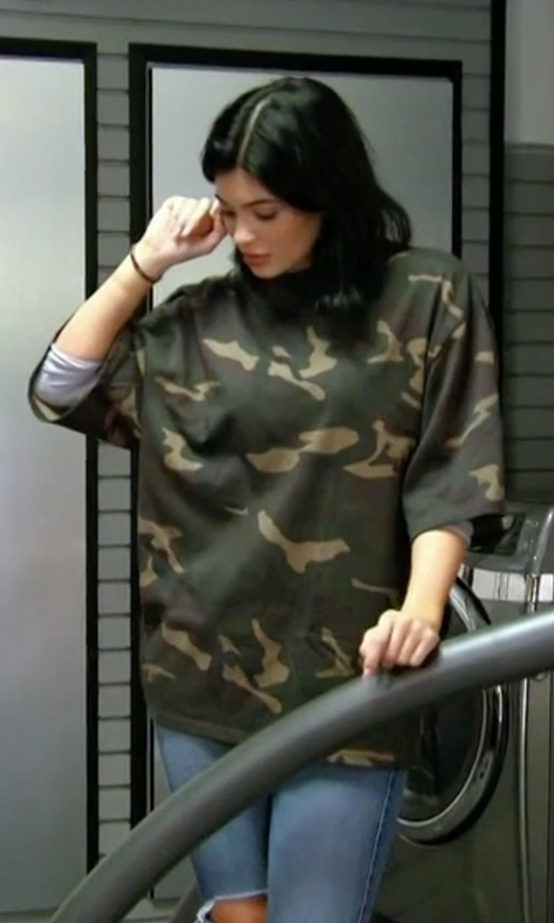 Kylie Jenner with Odi Et Amo Camouflage T-Shirt in Keeping Up With The Kardashians