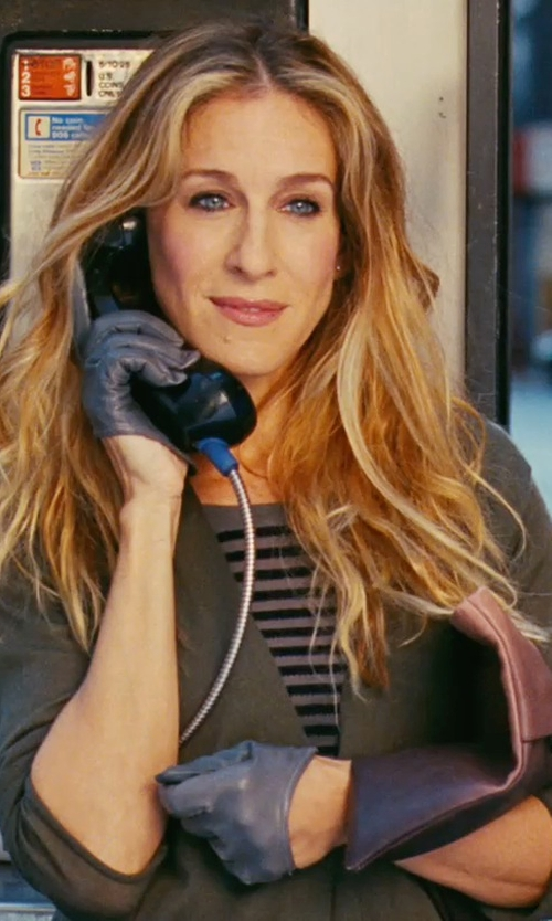 Sarah Jessica Parker with Prada Glace Folder Clutch Bag in Sex and the City