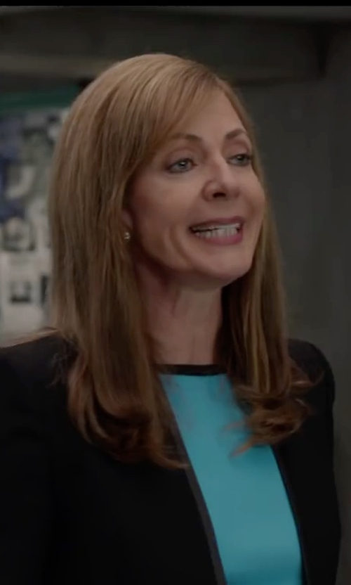 Allison Janney with Anzie 'Dew Drop' Stud Earrings in Spy